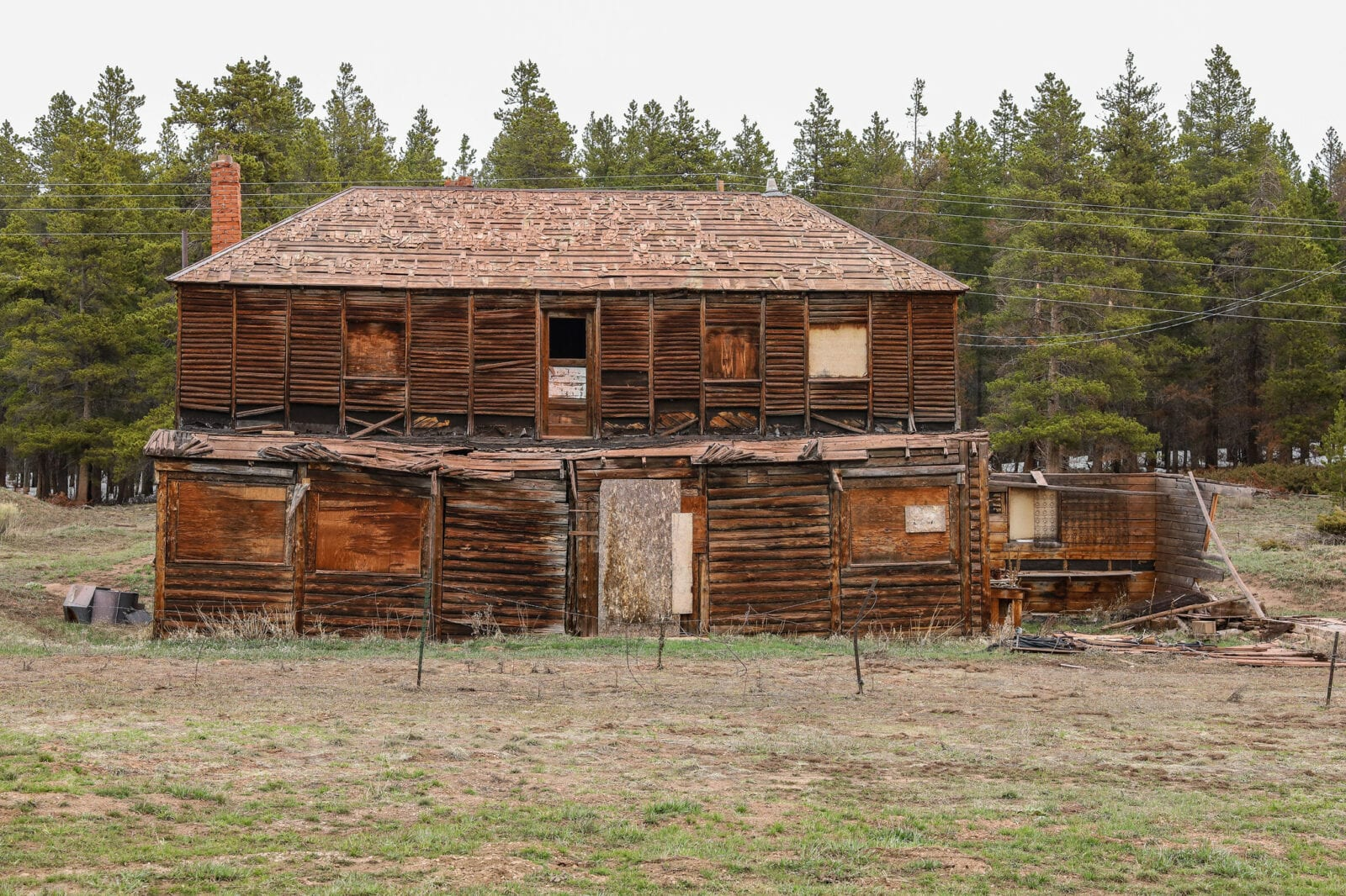 Image of a wood building at the Uptop ghost town in Colorado
