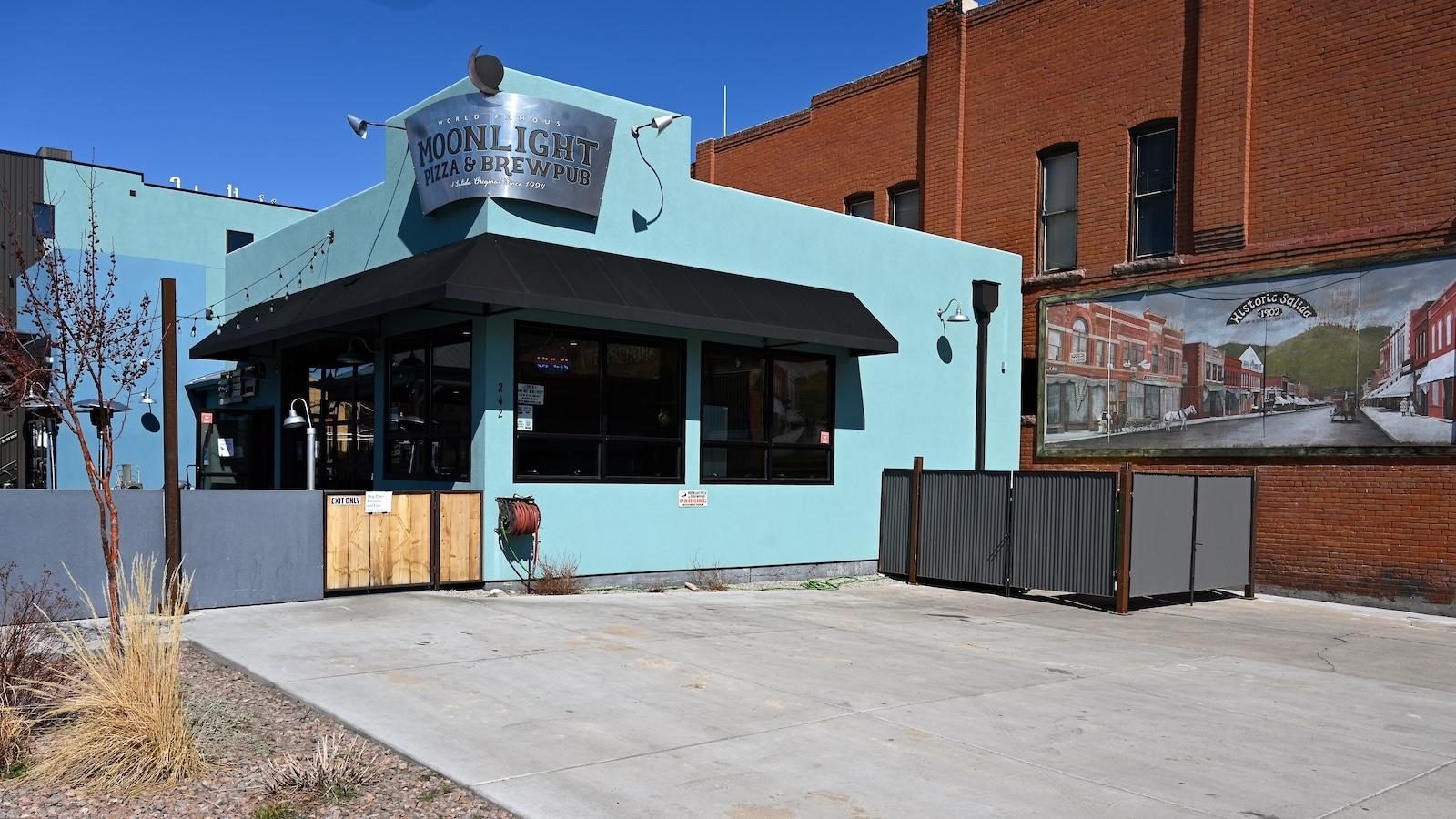 Moonlight Pizza & Brewpub, CO
