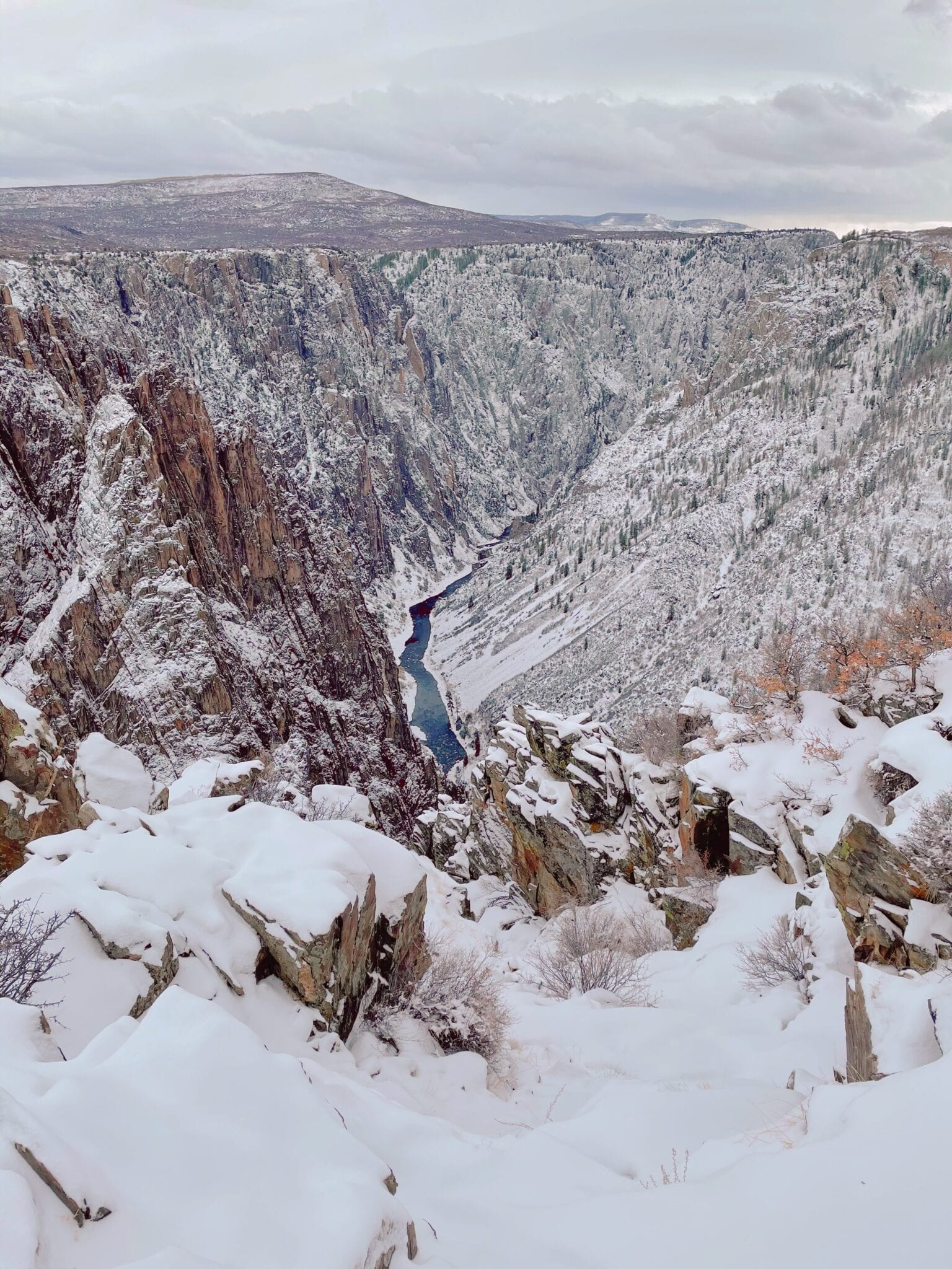 image of black canyon of the gunnison in the winter