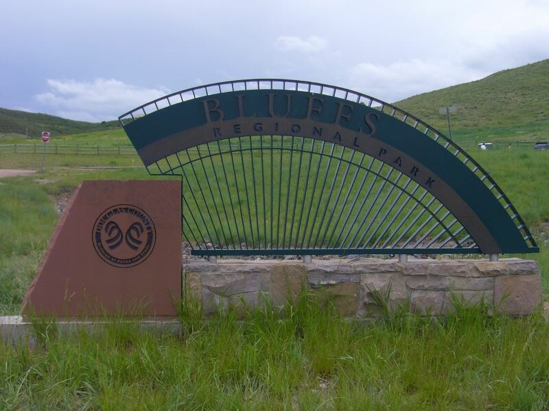 Image of the Bluffs Regional Park Sign in Lone Tree, Colorado