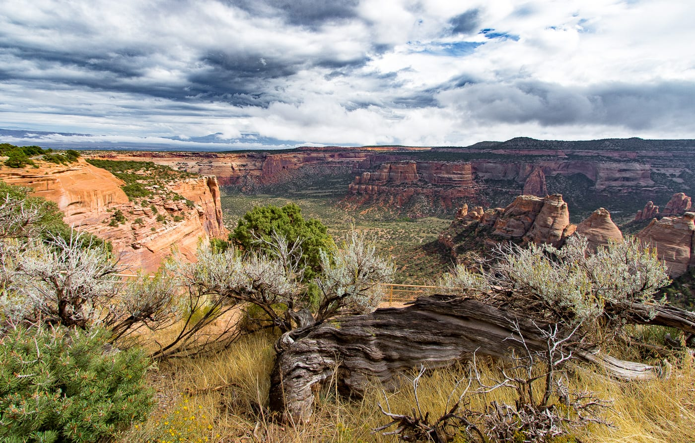 Hiking Colorado National Monument Grand Junction