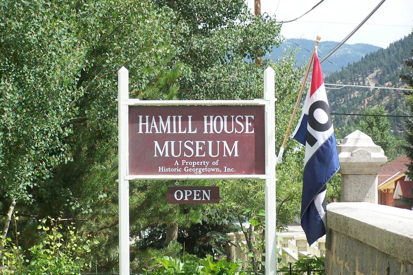 Image of the welcome sign at the Hamill House Museum in Georgetown, Colorado