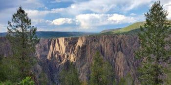 Hiking Oak Flat Loop Trail Black Canyon of the Gunnison Colorado