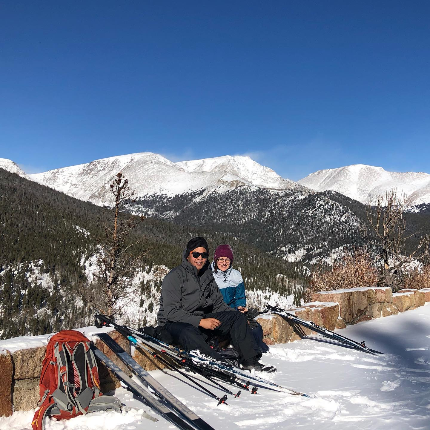 Image of two cross country skiers at Kent Mountain Adventure Center in Estes Park, Colorado
