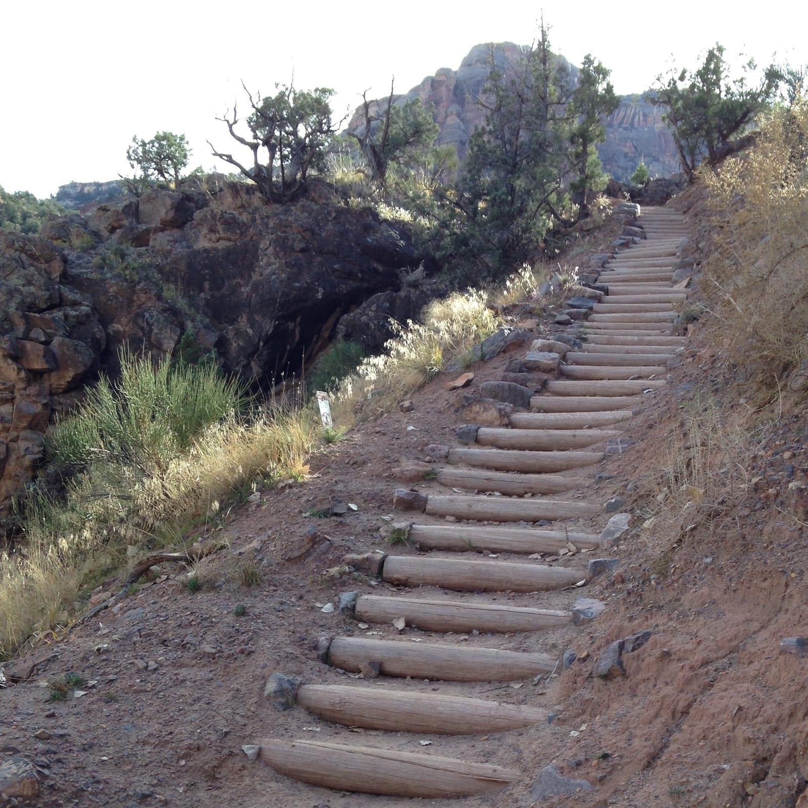 No Thoroughfare Canyon Trail stair