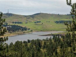Image of the Pinewood Reservoir at Ramsay-Shockey Open Space in Loveland, Colorado