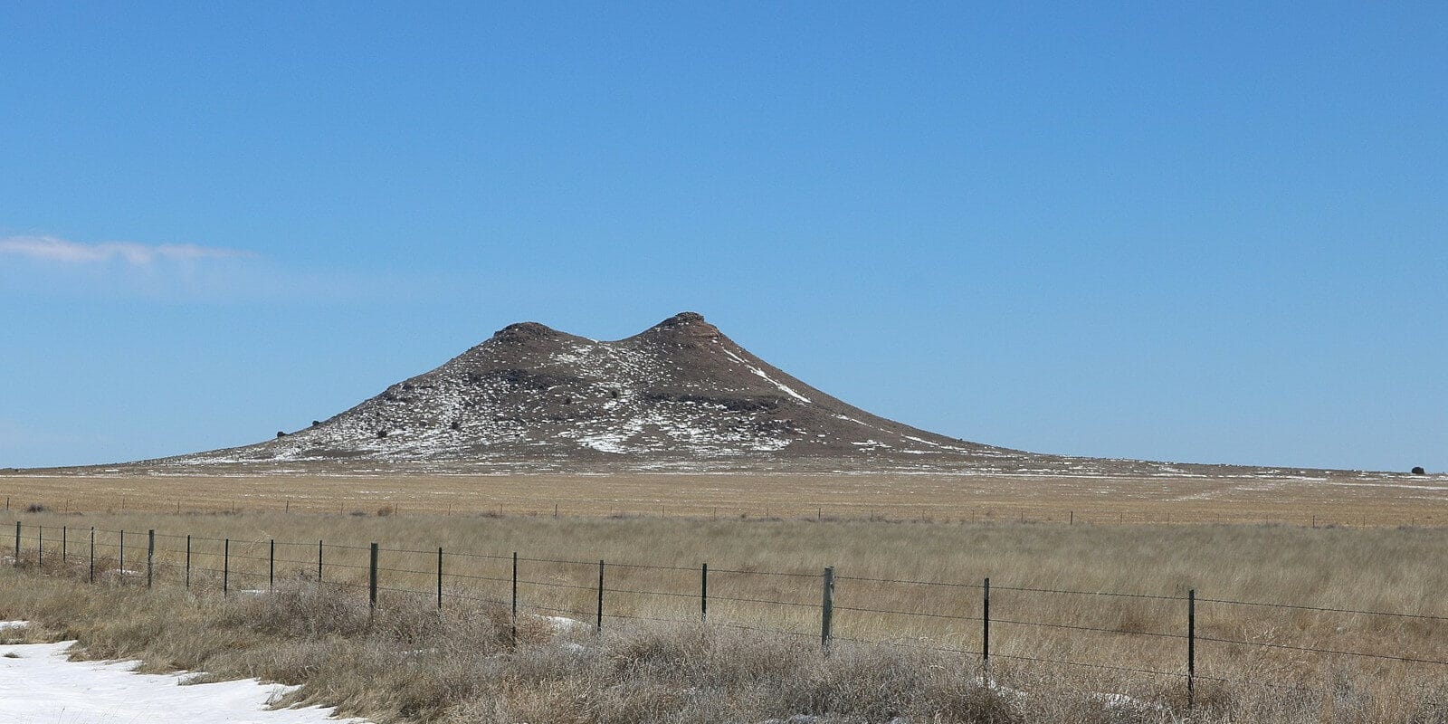 Image of the Two Buttes Mountain in Prowers County, Colorado
