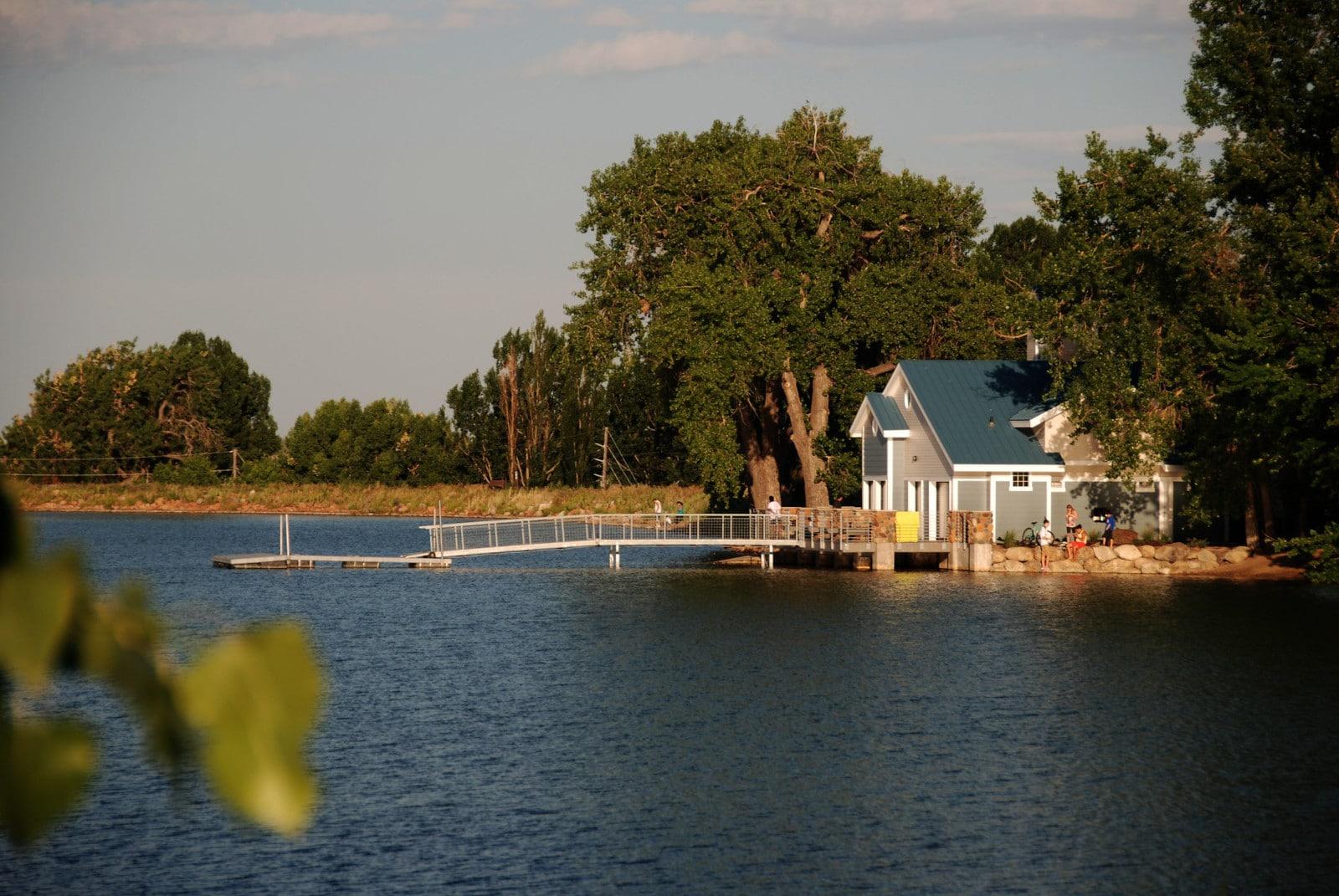 Image of the Waneka Lake boathouse in Lafayette, Colorado