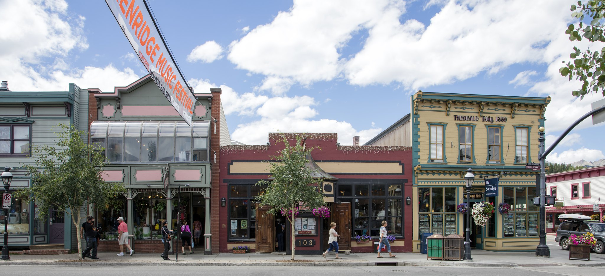 image of downtown breckenridge