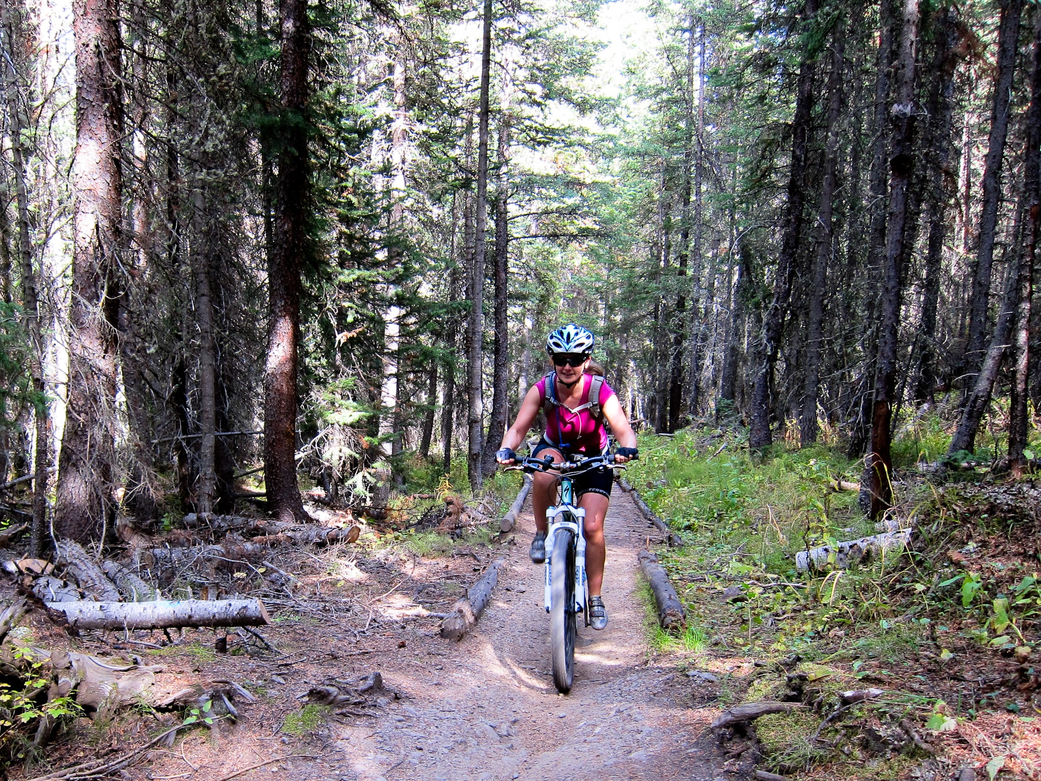 image of mountain biking in breckenridge