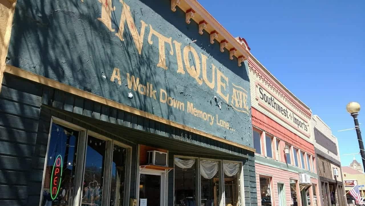 Antique Avenue, Colorado