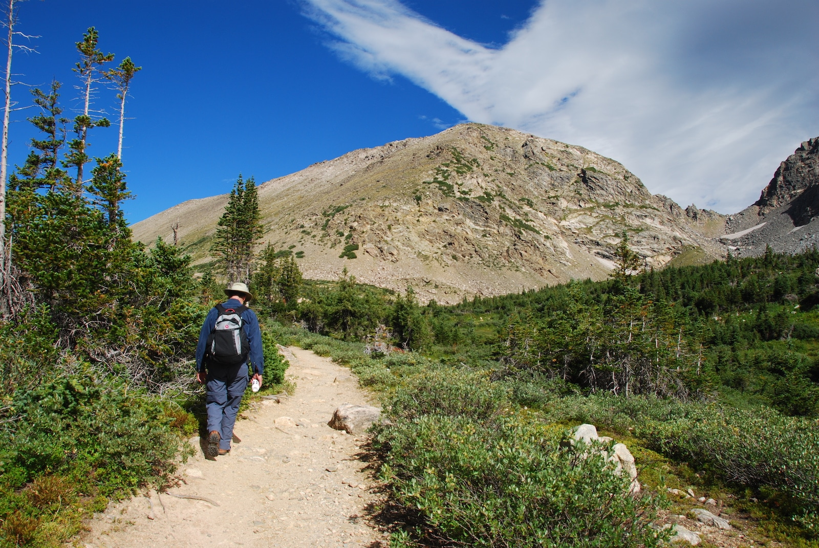 Arapahoe National Forest Hiking Trail Colorado