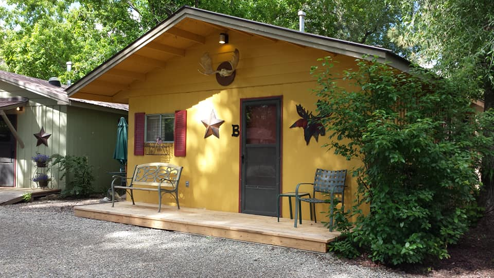 image of outpost motel