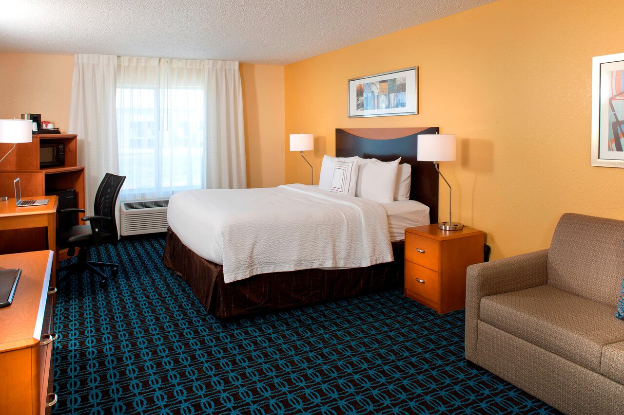 image of suite at fairfield inn