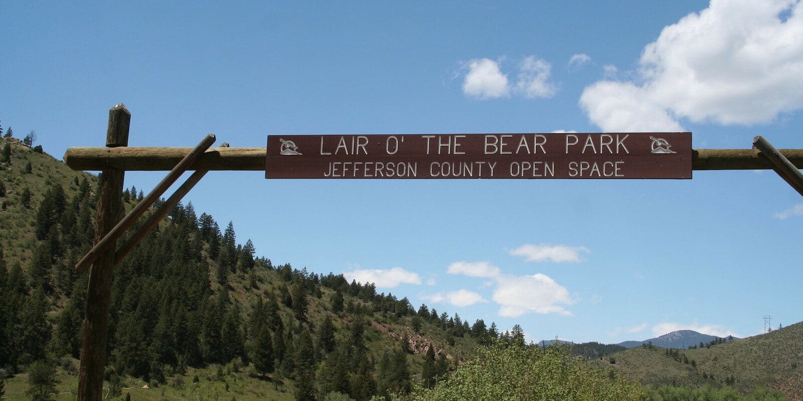 Image of a the entrance to Lair o' the Bear Park in Idledale, Colorado