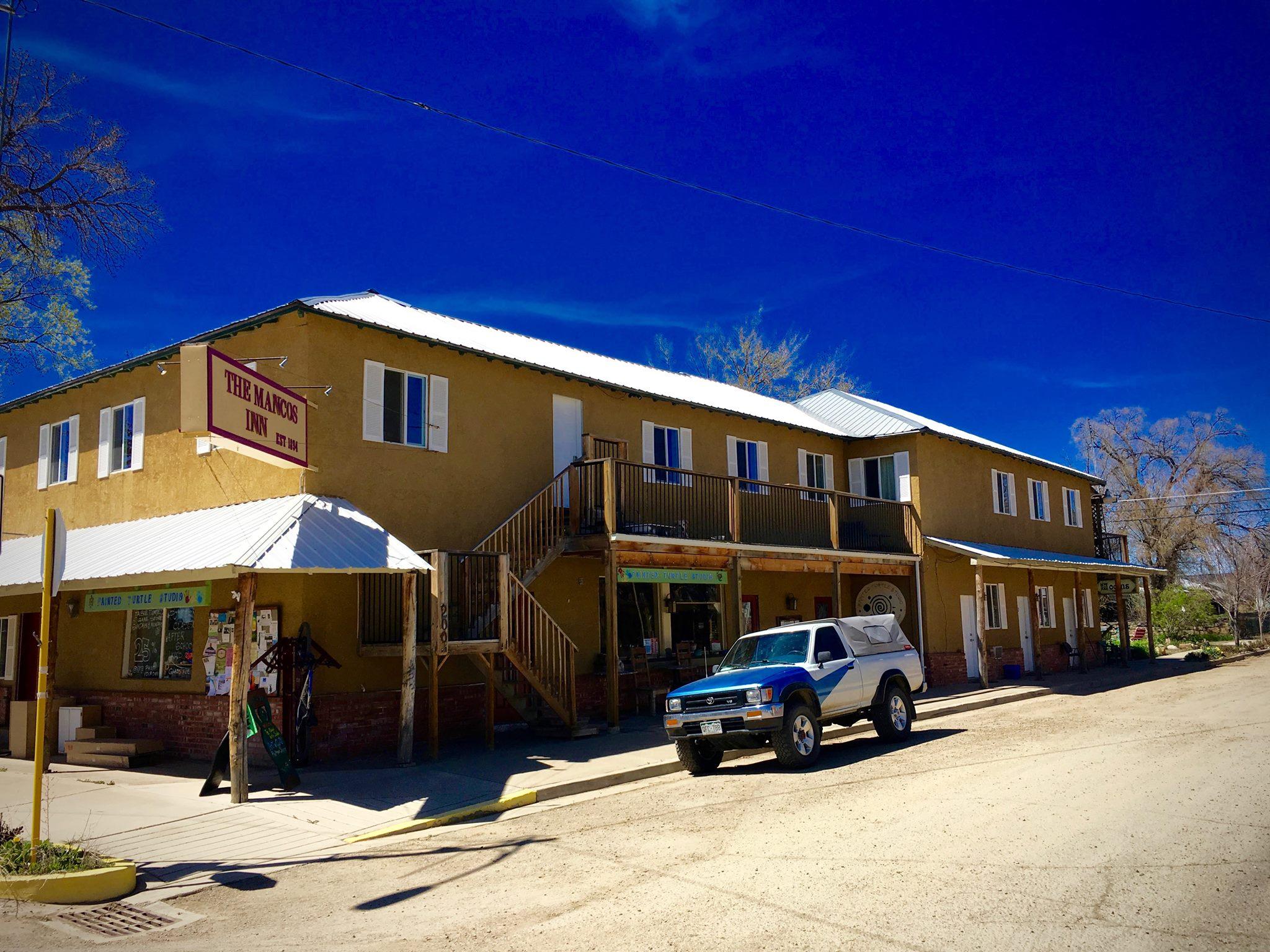 image of mancos inn and hostel