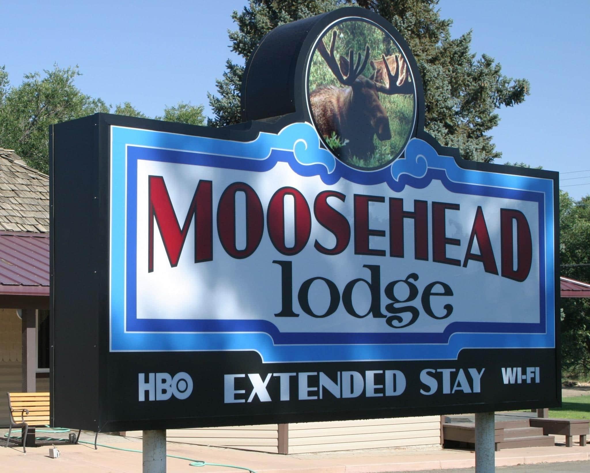image of moosehead lodge
