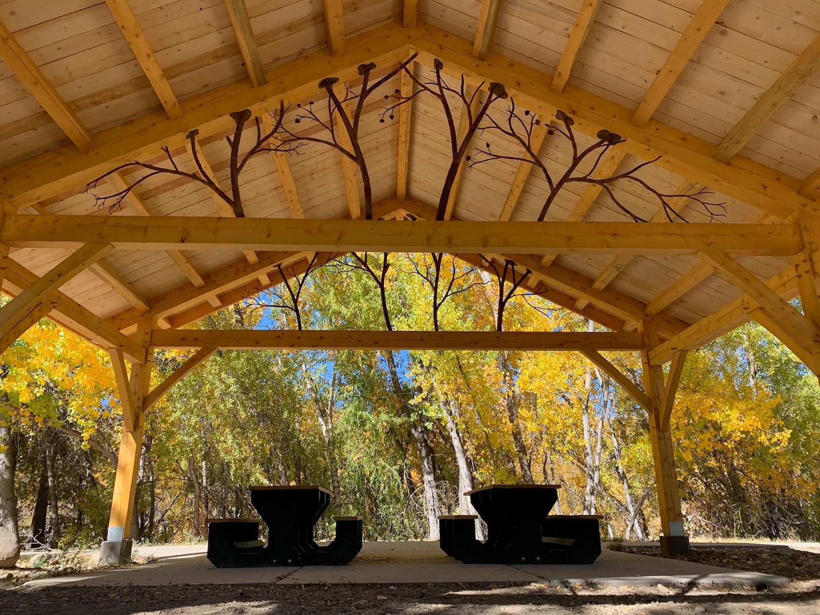 Image of a shelter in the Paonia River Park in Colorado