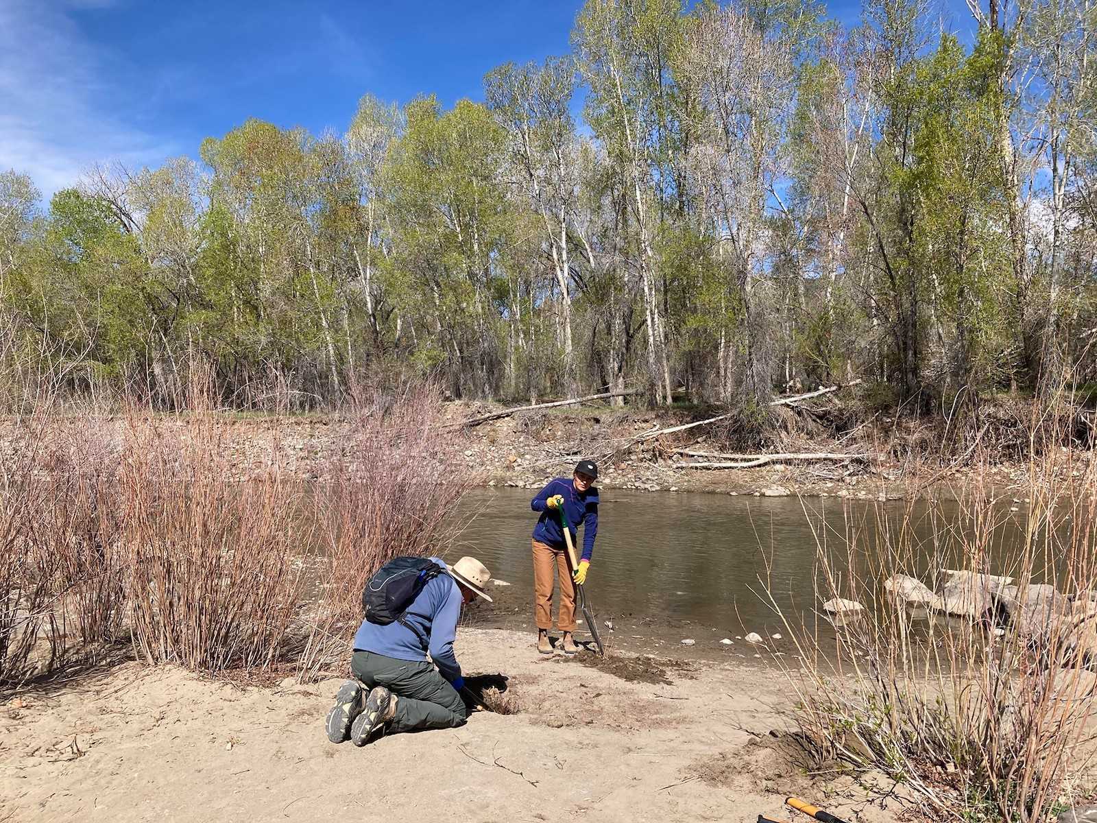 Image of volunteers at the Paonia River Park in Colorado