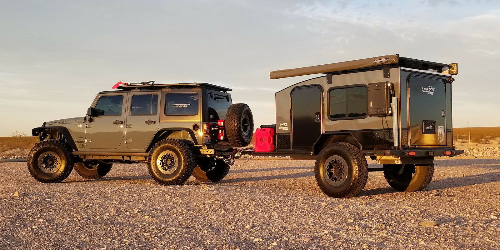Image of a Rubicon towing a Hiker Trailer