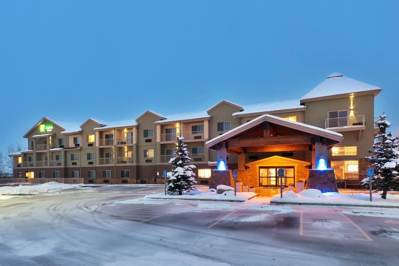 image of holiday inn