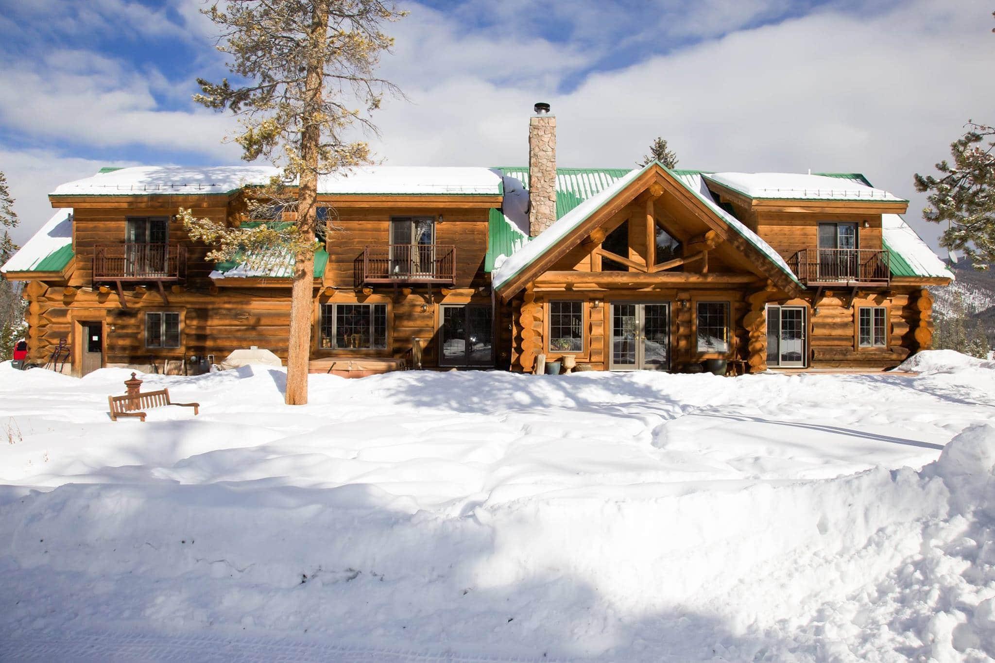 image of wild horse inn