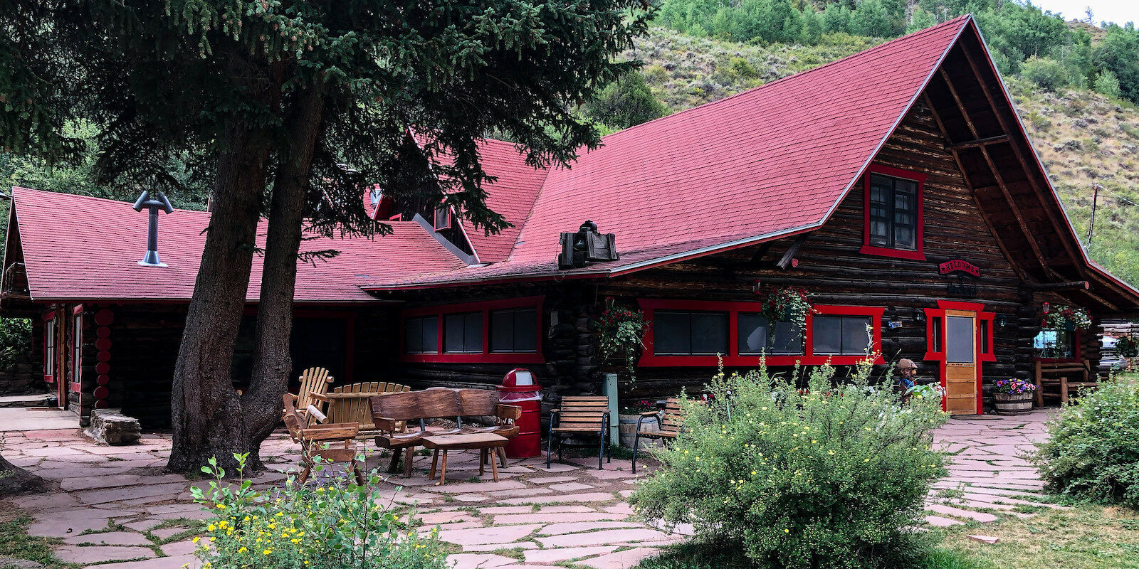 Image of a lodging at the Drowsy Water Dude Ranch in Granby, Colorado