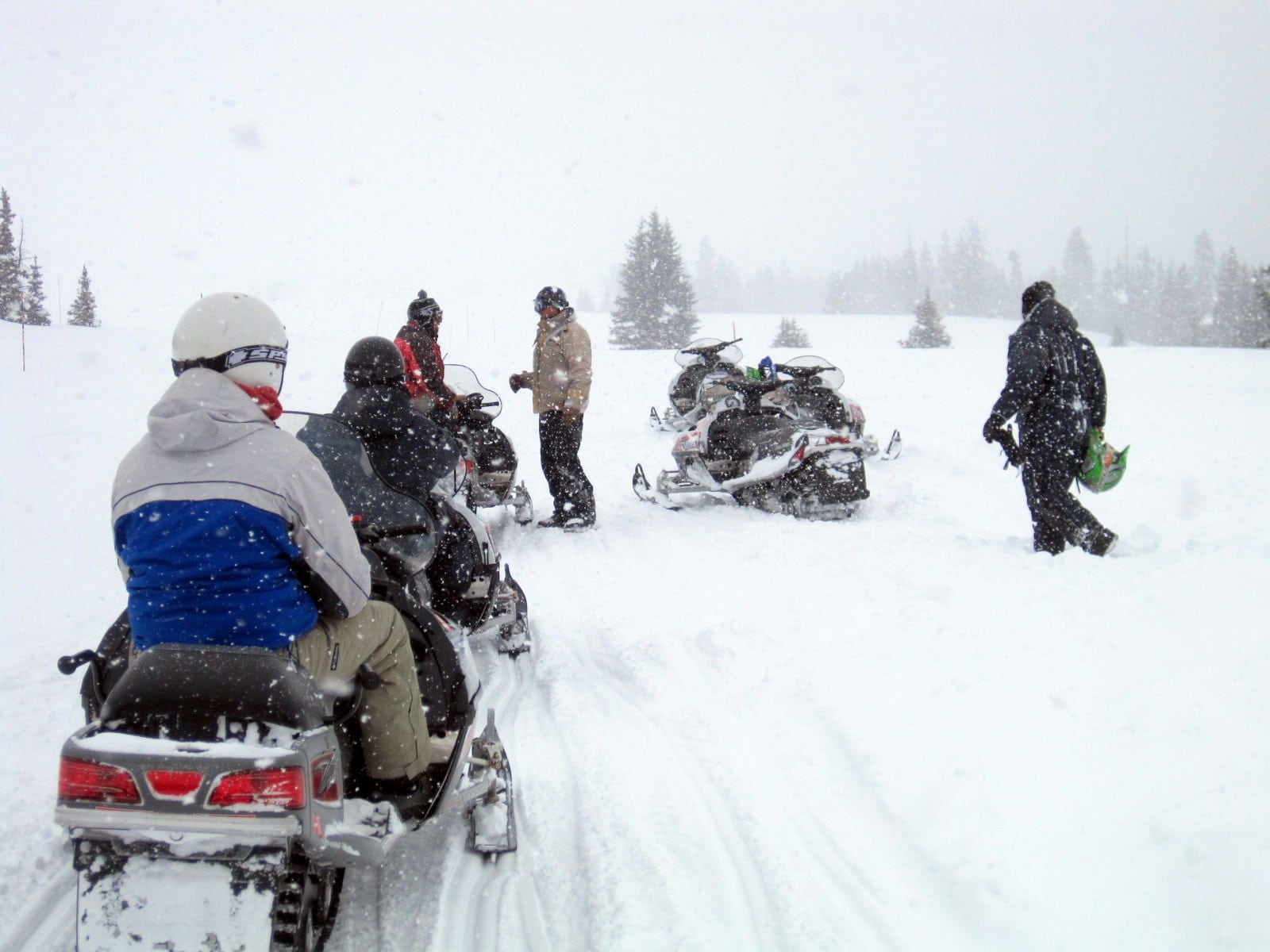 image of snowmobiling in silverthorne