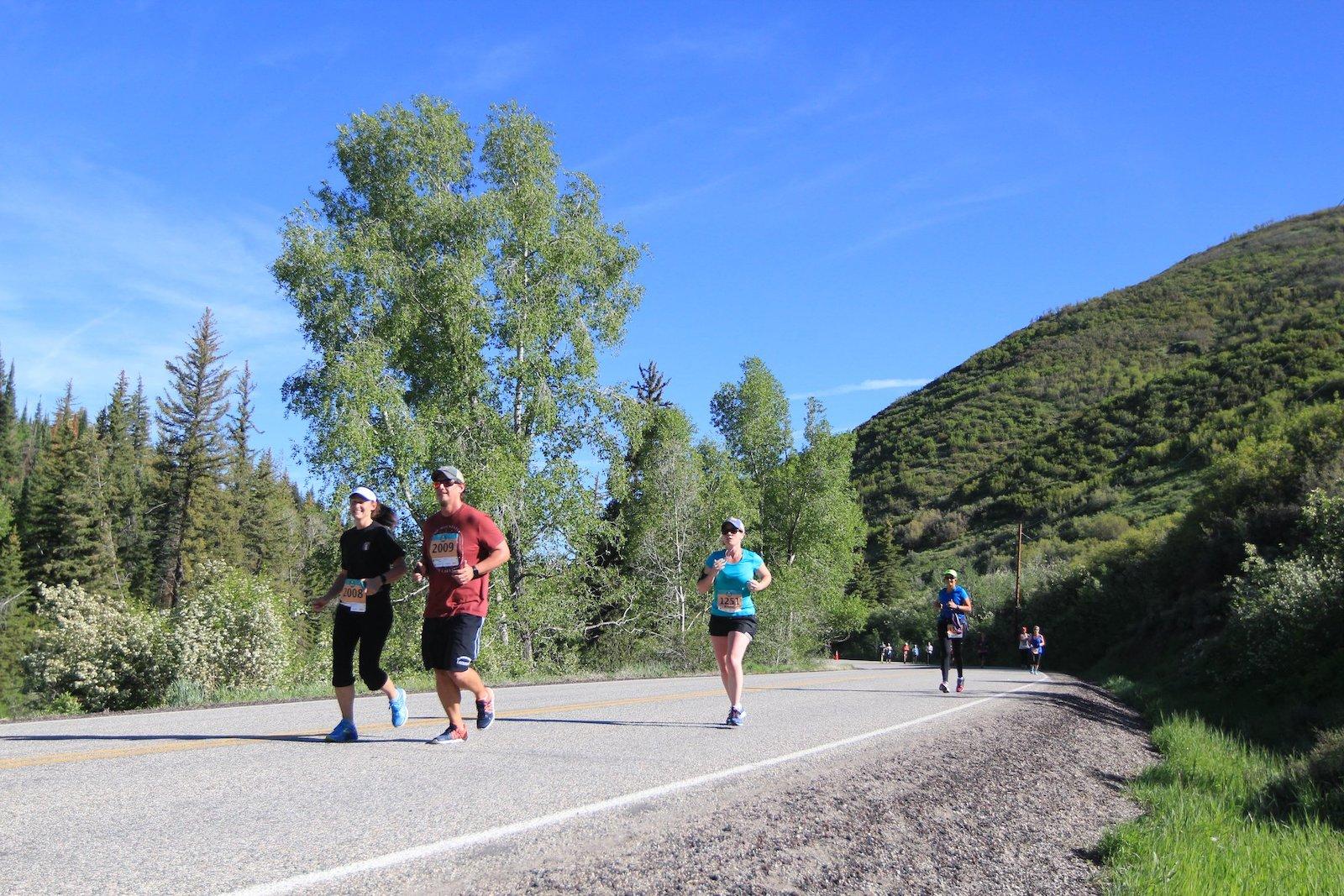 Gambar orang melakukan Marathon di Steamboat Springs, Colorado