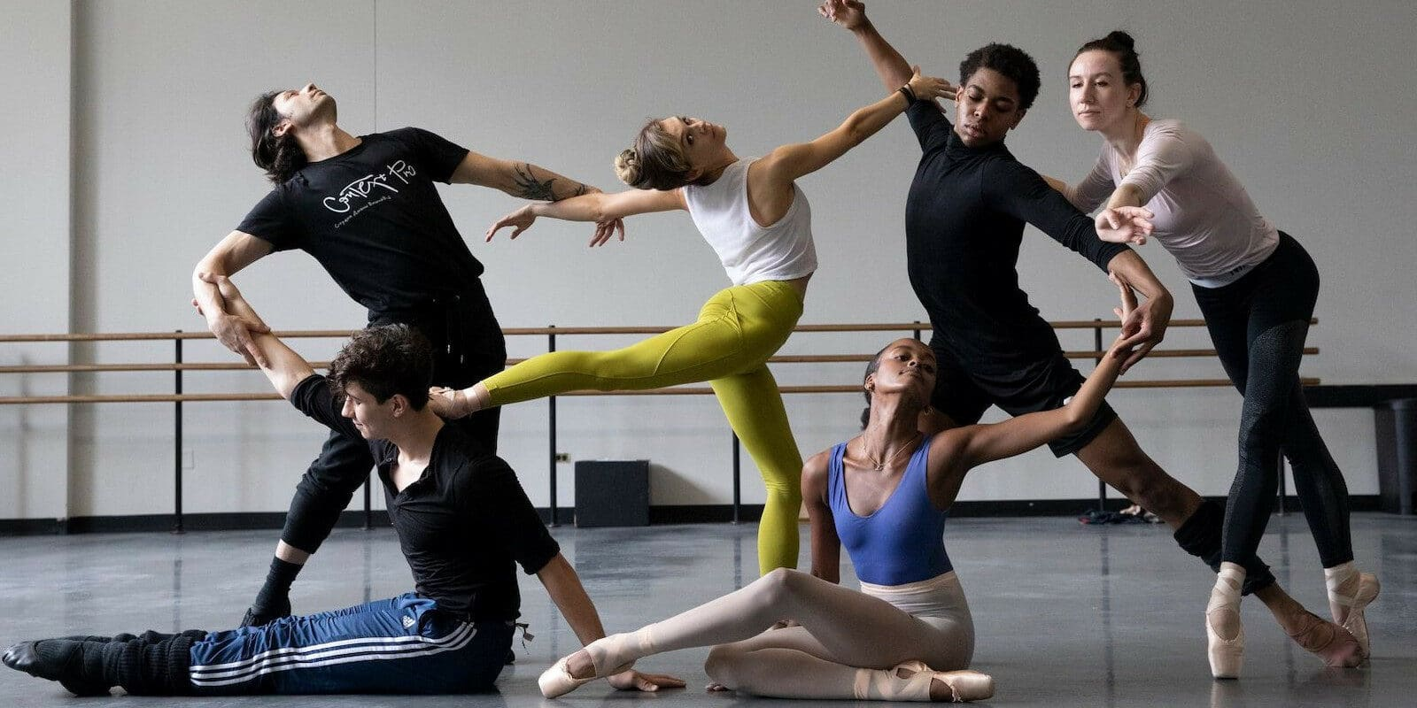 Image of dancers for the Vail Dance Festival in Colorado
