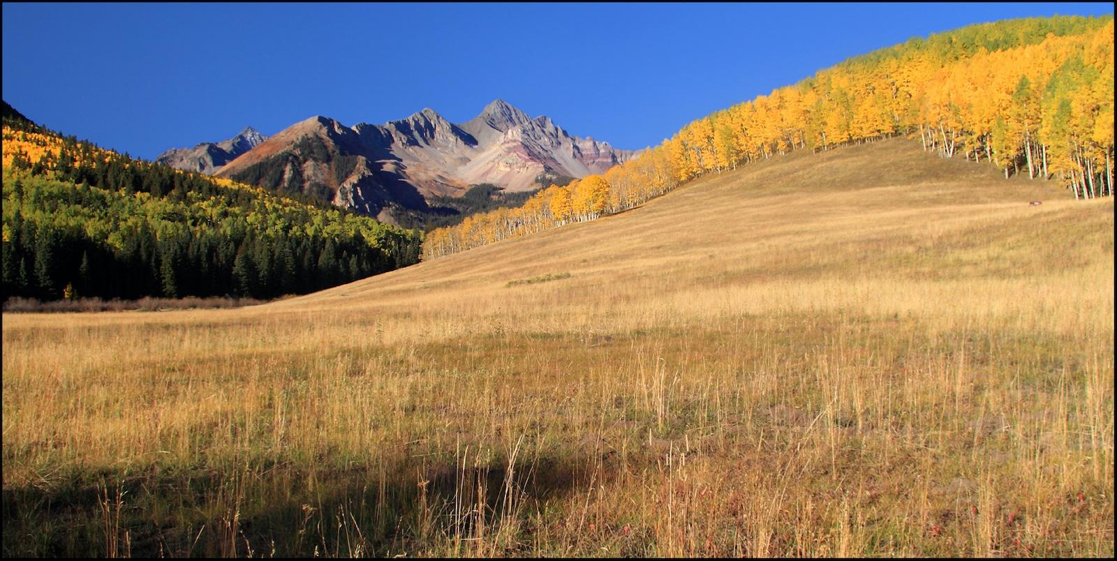 Wilson Peak dari Sunshine Mesa Colorado