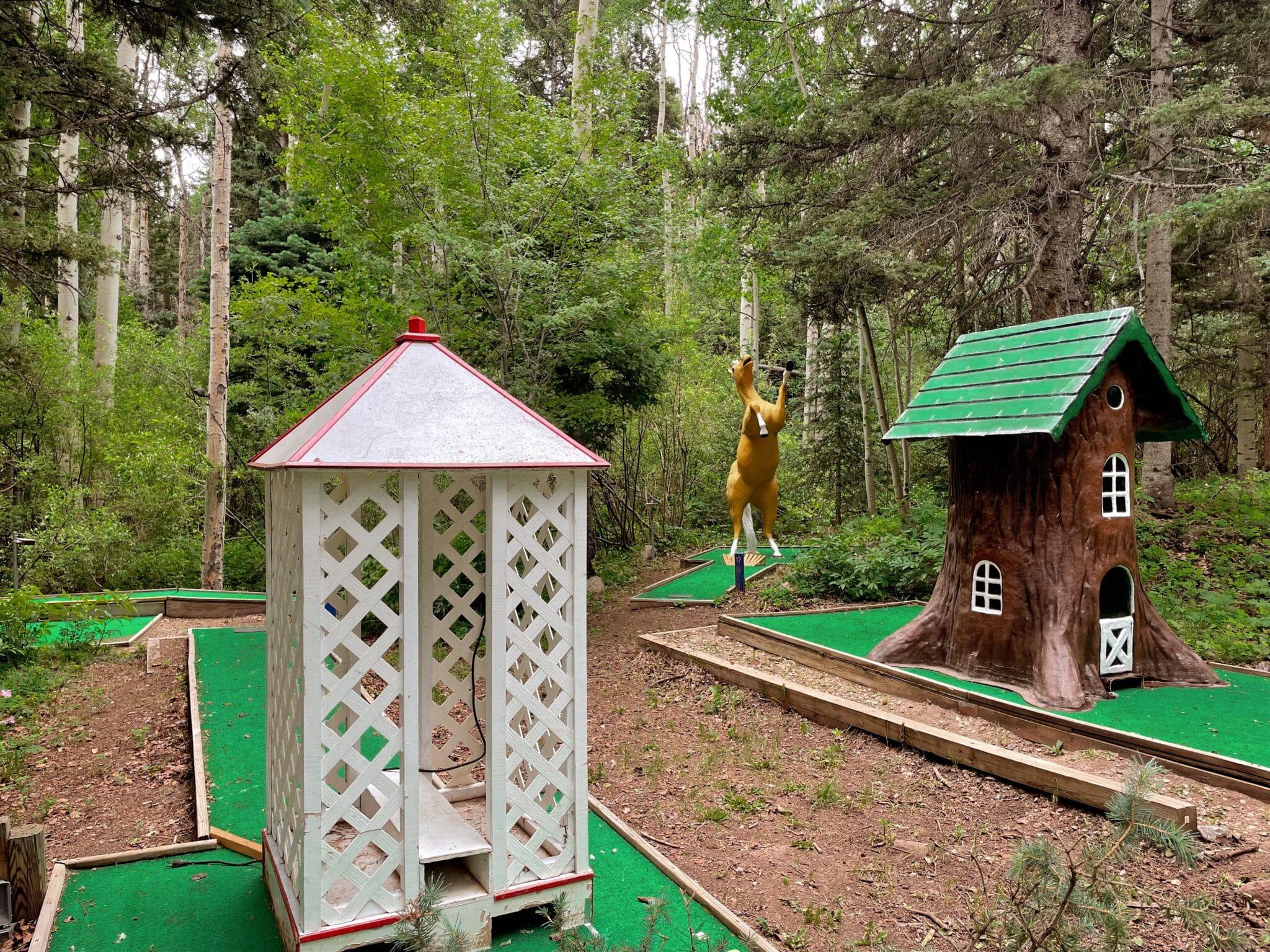 image of mini golf at cuchara mountain park