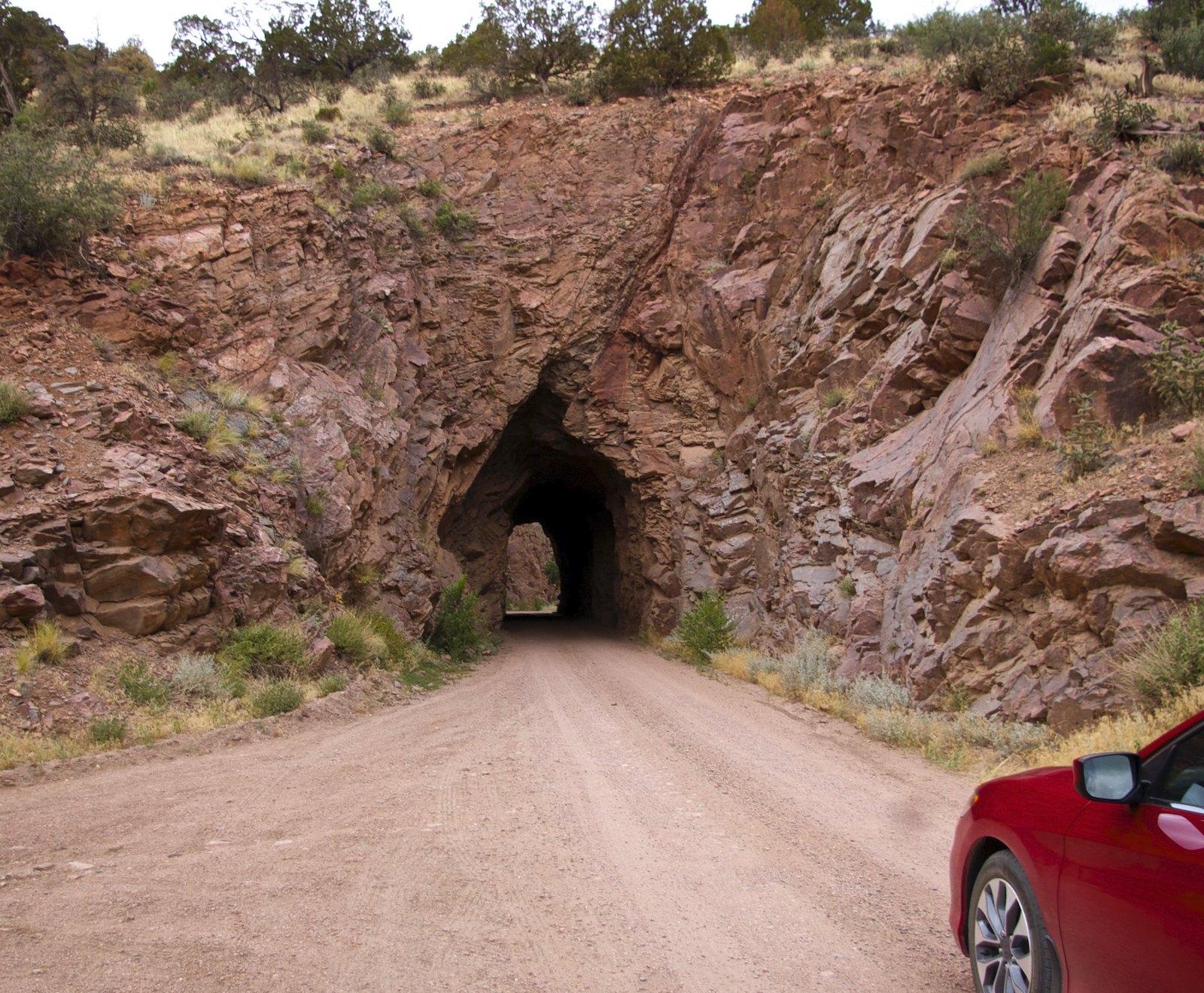 Jalan Phantom Canyon, CO