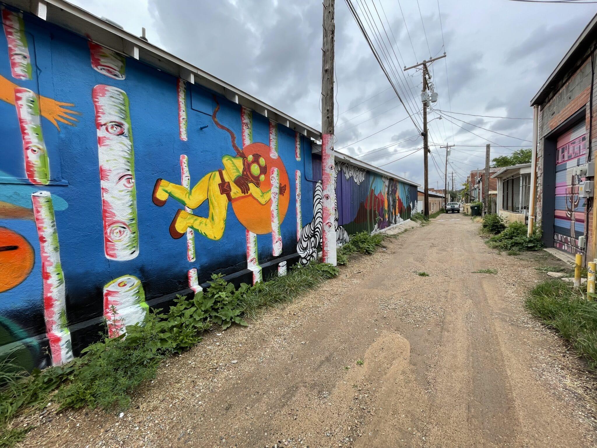 image of art murals in walsenburg