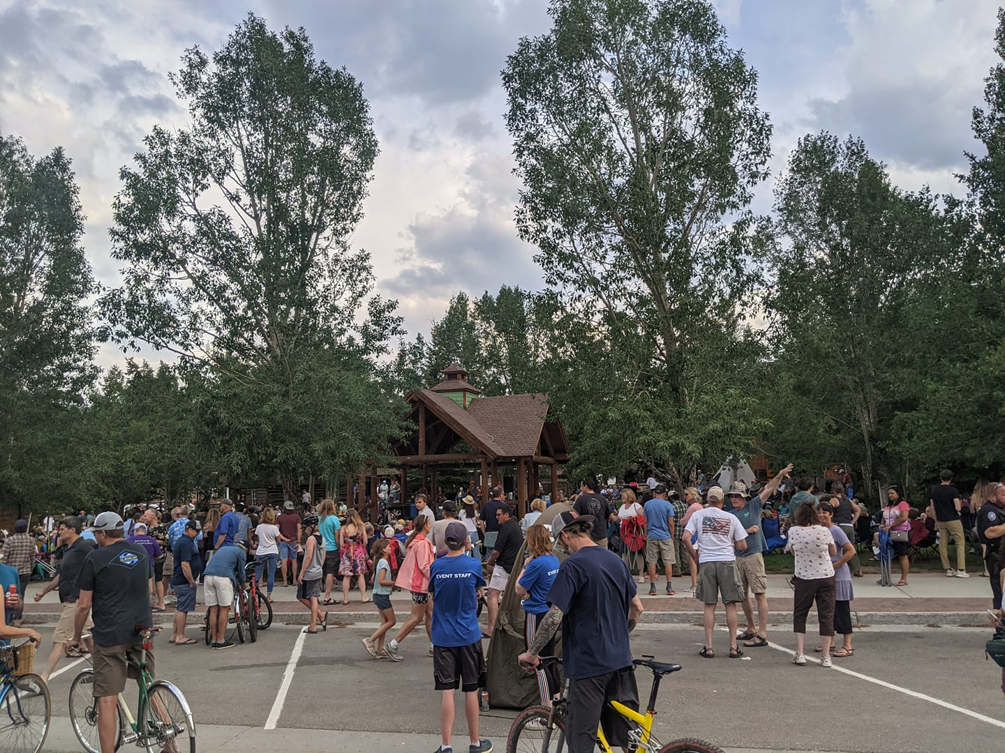 Image of people crowding together for the Concert in the Park in Frisco, Colorado