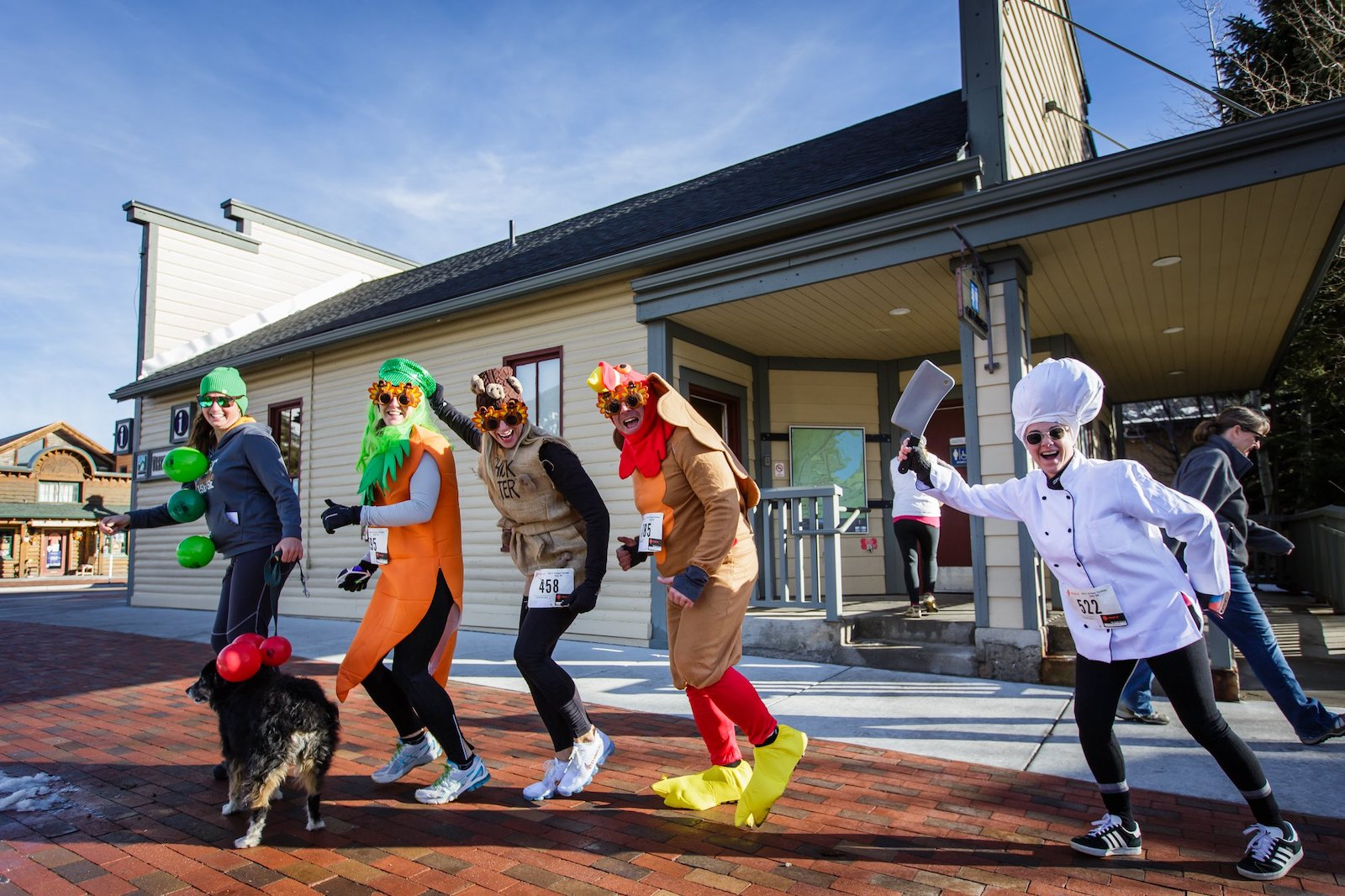 Image of people in costumes for the Turkey Day 5k in Frisco, Colorado
