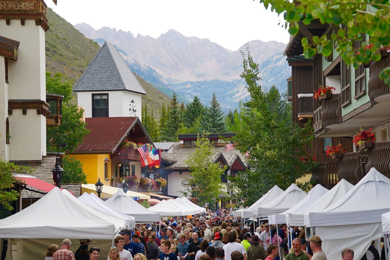 Image of the crowds at Gourmet on Gore in Vail, Colorado
