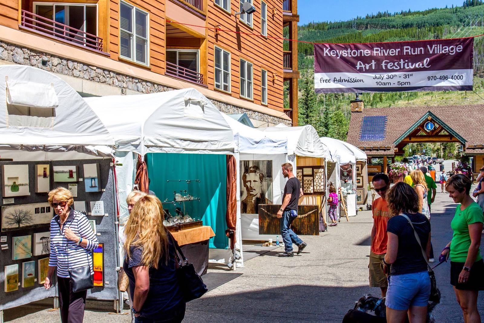 Gambar Festival Seni Desa River Run di Keystone, Colorado