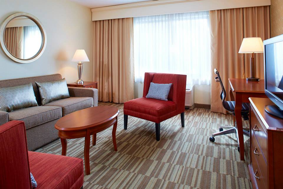 suites at courtyard marriott englewood