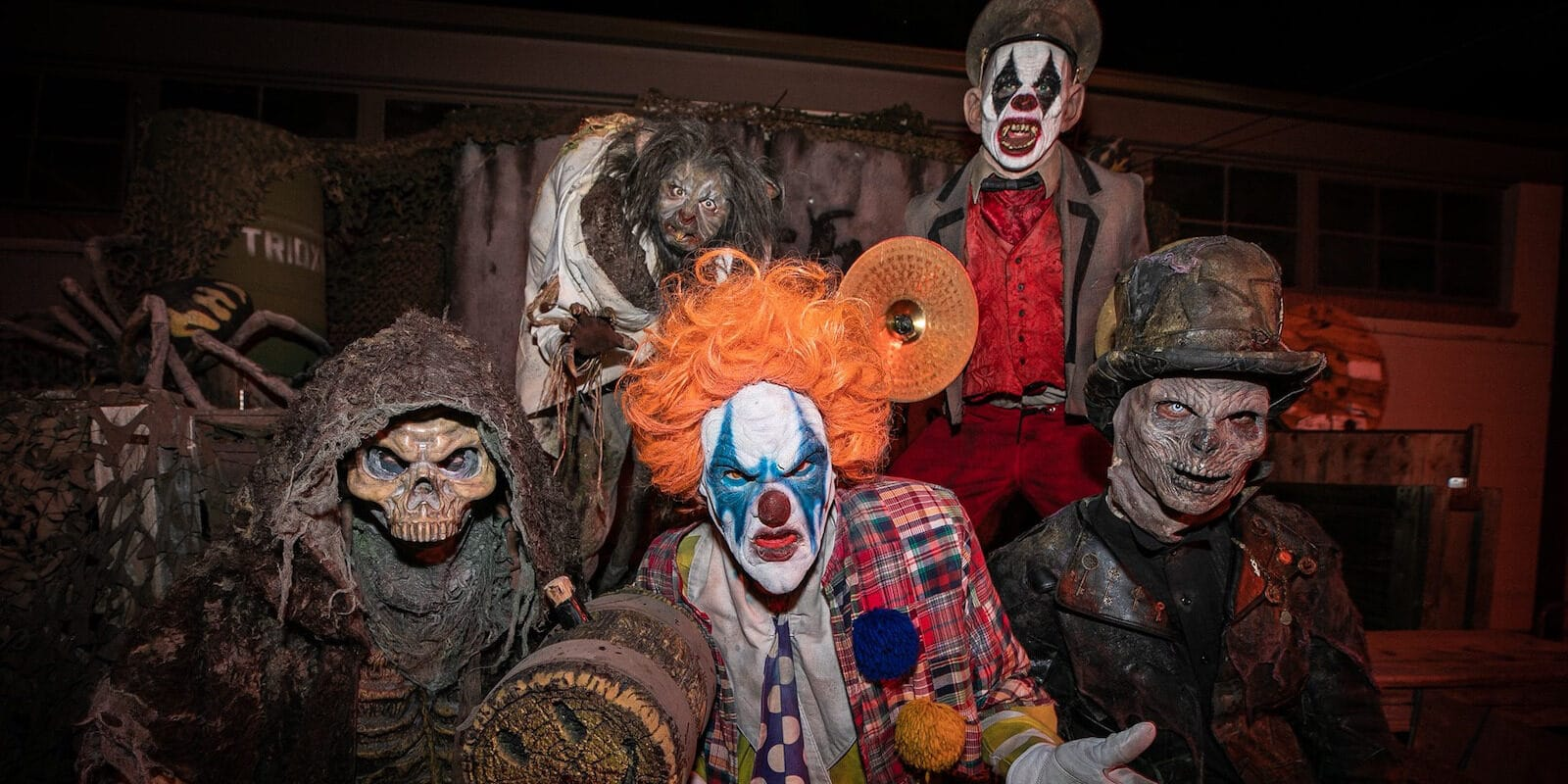 Image of clowns at The 13th Floor Haunted House in Denver, Colorado