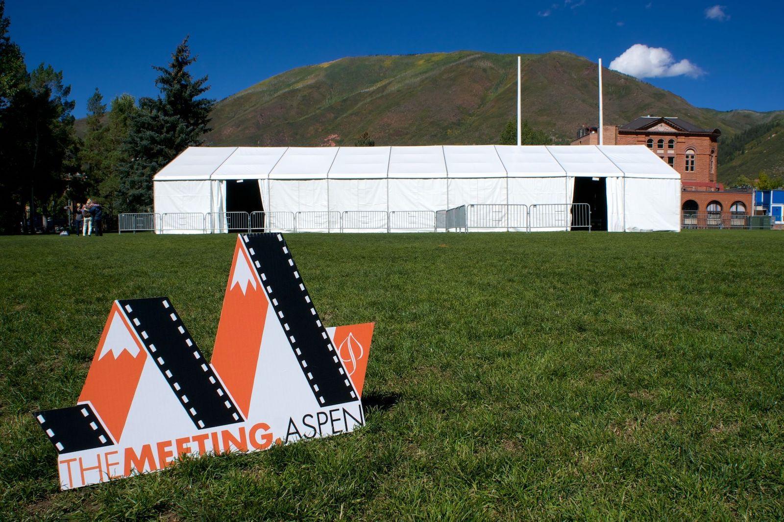 Gambar tanda untuk Pertemuan di Aspen, Colorado