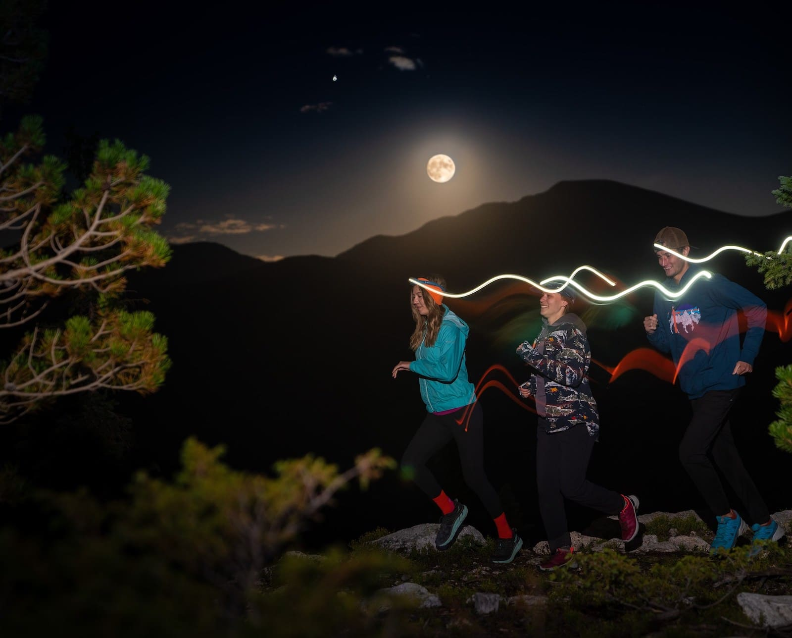 Image of people on the Full Moon Run in Winter Park, Colorado