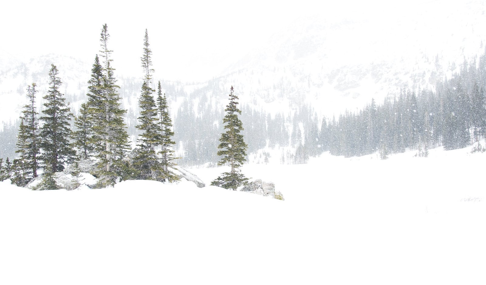 Image of Crater Lakes covered in snow in Colorado
