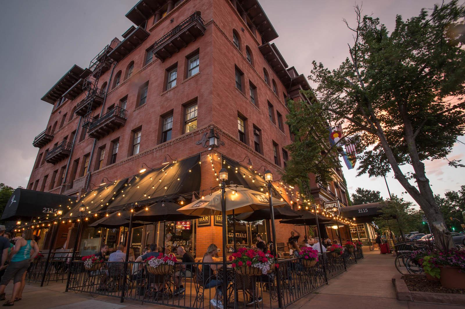 Image of the exterior of the Hotel Boulderado in Colorado