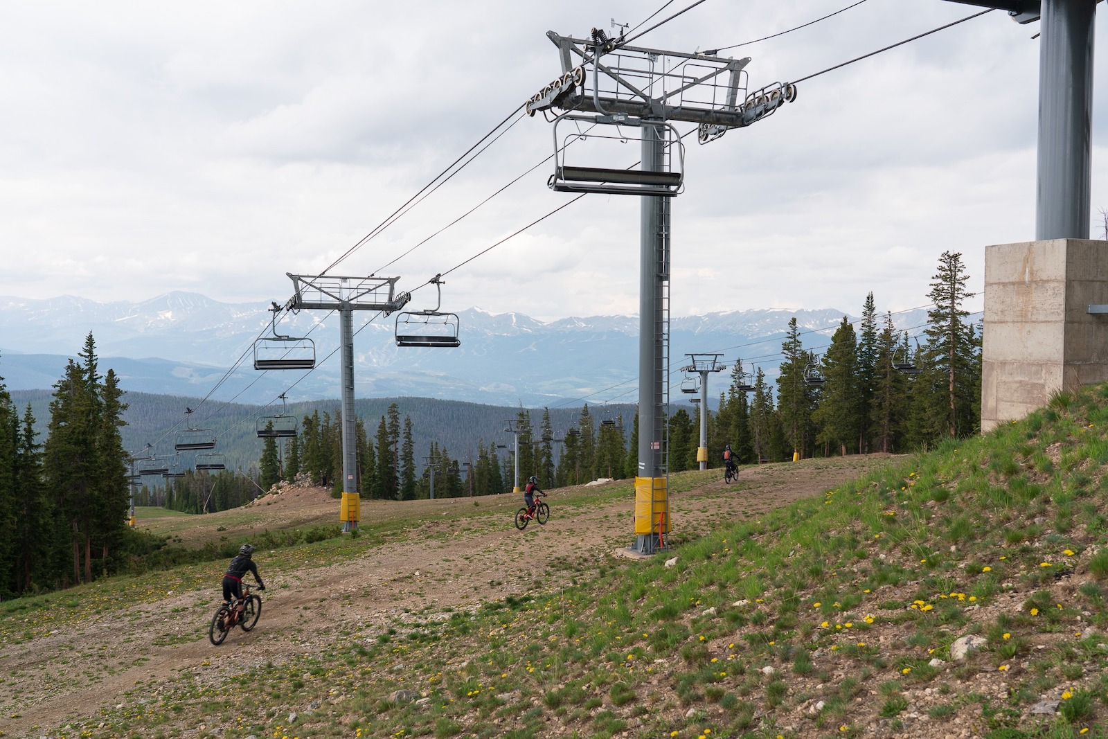 Image of people mountain biking at Keystone Resort in Colorado