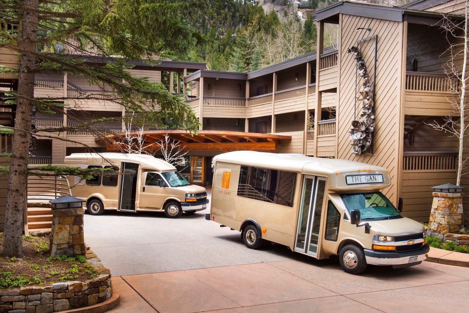 Image of shuttle buses outside of The Gant in Aspen, Colorado